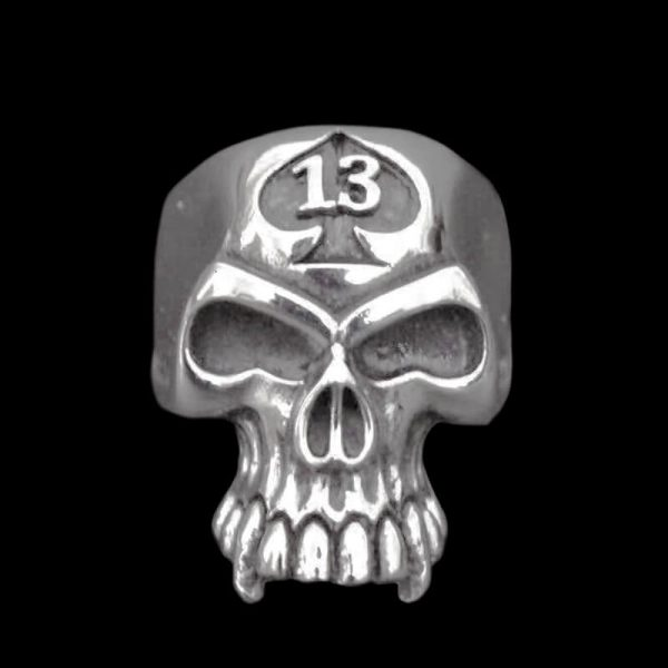 Bague Skull 13 Vampire