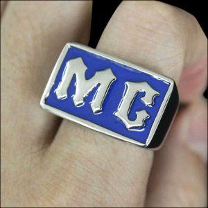 Chevalière MC bleu (acier)